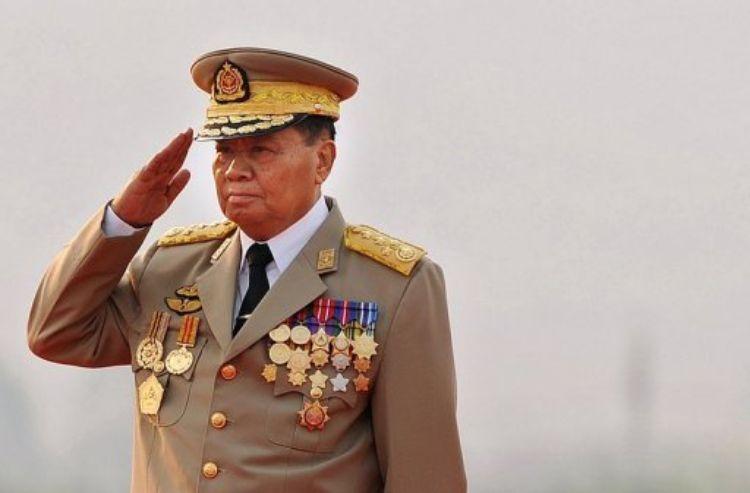Le général Tan Shwe un an avant sa démission - © AFP Christophe Archambault