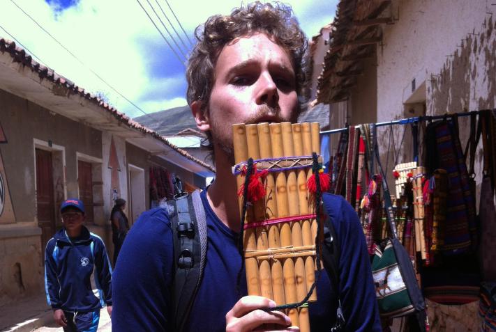 Un concert de flûte de pan à notre retour à Paris?